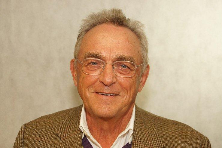 Erster Vorsitzender Dr. Schneider